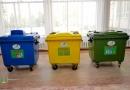 Белгілі болғандай, Астана қаласы әкімдігінің бастамасымен «Clean City NC» ЖШС екі тарапқа да пайдалы қызмет көрсетуде. Компания мектепте көк (қағазға арналған), сары (шыныға арналған), жасыл (пластикке арналған) қоқысқа арналған контейнерлер орнатқан.